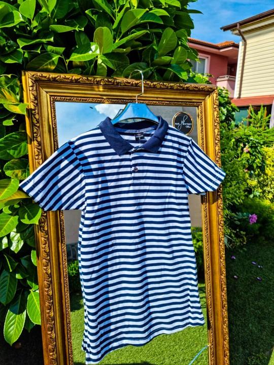 Мъжка тениска с яка рае