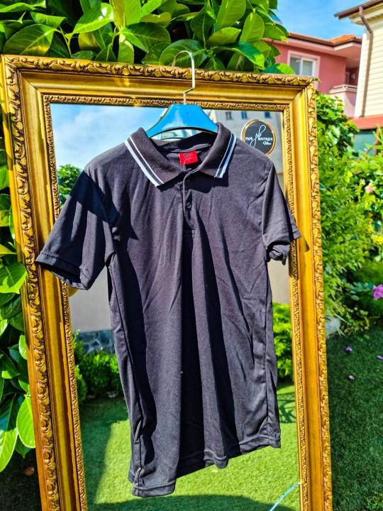 Мъжка черна тениска с яка