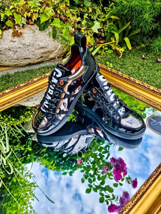 Мъжки лачени обувки